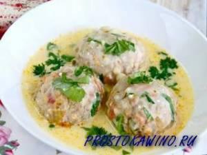 Готовим полезные и вкусные гречневые тефтели под сметанным соусом